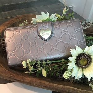 Authentic Gucci Heart Wallet Metallic Leather EUC